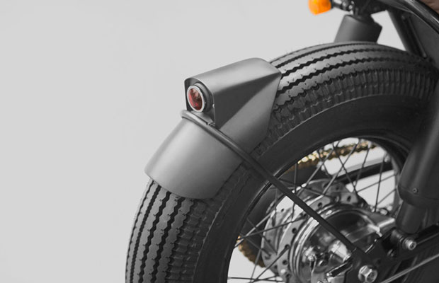 Yamaha XS650 Moon T004