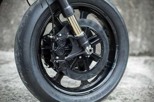 Harley Davidson Dyna Urban Calvary