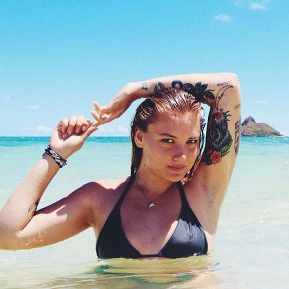 Las 21 Surfistas mas Sexys de Instagram